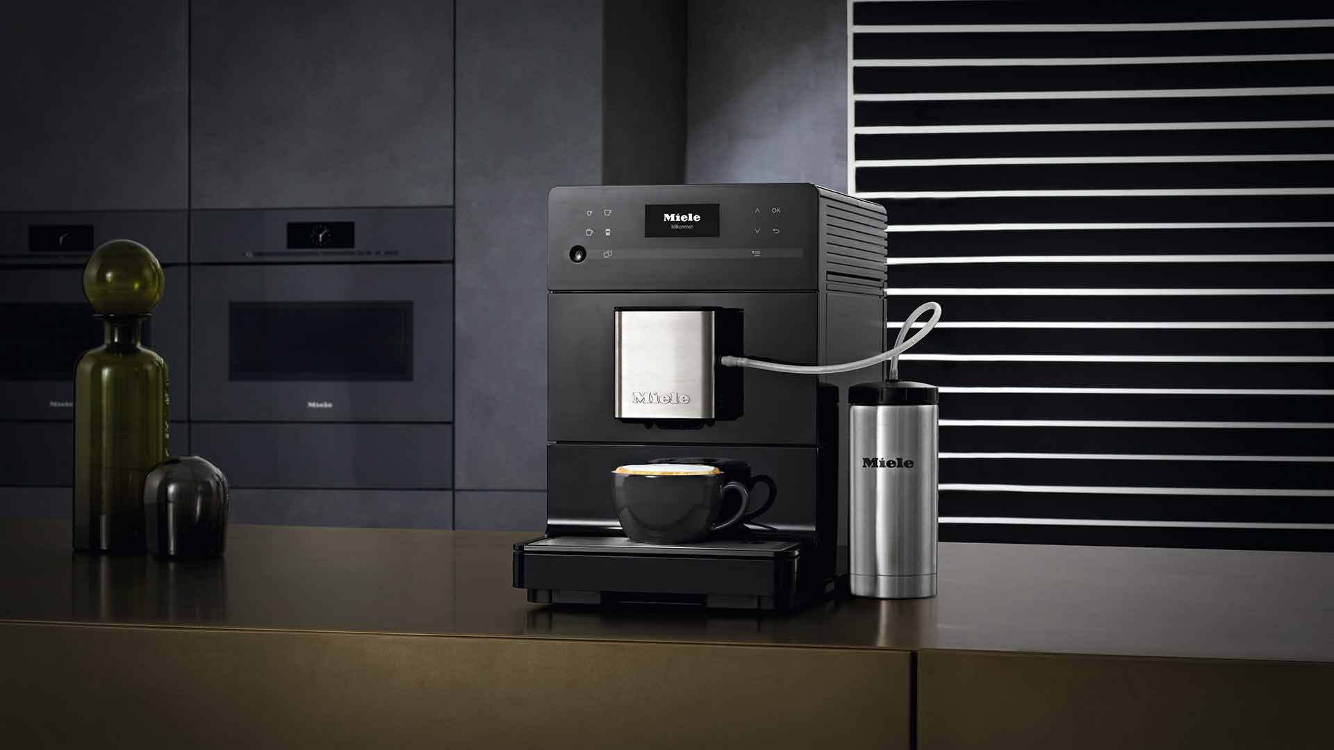Cafetera Miele CM5300